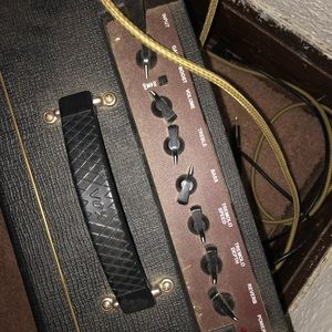 vox Other - Pathfinder 15 box electric guitar amp